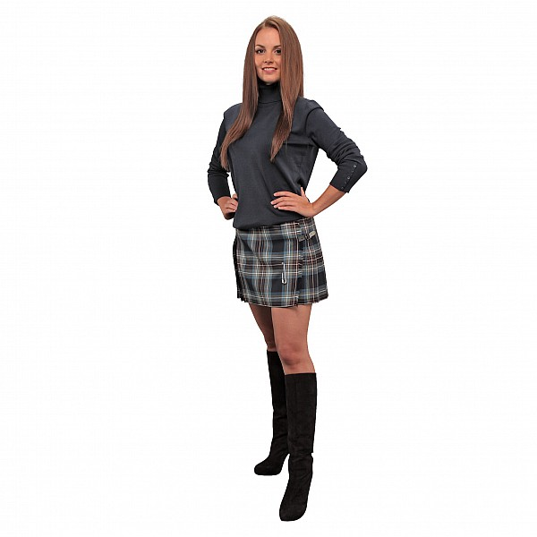 Model Women39s Kilted Skirt In Favorite Tartans  SportKiltcom