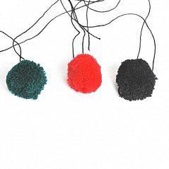 Pom for Balmoral If your looking for a replacement or a spare for your balmoral cap, we have a selection of black,green and red. Price per Unit