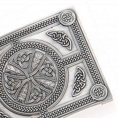 Finest quality traditional Belt Buckle cast from 100% pure Pewter Features traditional Celtic Cross Size: 6,5 cm X 8,5 cm