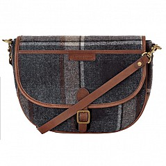 Briar is a gorgeous saddle style shoulder bag with an adjustable detachable crossbody strap. It is versatile enough to take you from work to weekend in style. Keeping all your essentials safe the